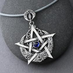 pentagram,księżyc,kyanit,amulet,księżycowy - Wisiory - Biżuteria