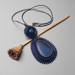 naszyjnik,z lapis lazuli,granatowy,haft koralikowy - Naszyjniki - Biżuteria