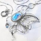 Naszyjniki srebrny,naszyjnik,motyl,kamień,księżycowy,ciba