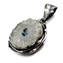 kwarc,geoda,srebrny,blask,szarości,srebro,zimowy - Wisiory - Biżuteria