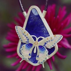 wisior z ceramiką,srebrny naszyjnik z motylem - Wisiory - Biżuteria