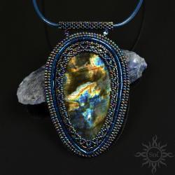 kosmiczny,labradoryt,ogień,medalion,wielokolorowy - Wisiory - Biżuteria