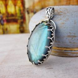 Wisior z niebieskim labradorytem,srebrny wisior - Wisiory - Biżuteria
