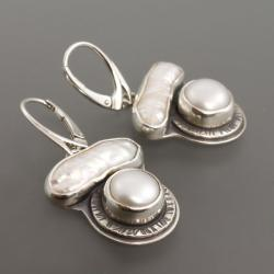 srebrne kolczyki z perłą - Kolczyki - Biżuteria