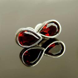 granat,kolczyki,srebro,sztyfty - Kolczyki - Biżuteria