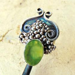 Pierścionek srebrny z prenitem - Pierścionki - Biżuteria
