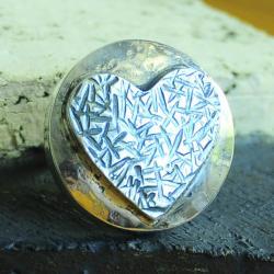 pierścionek srebro,motyw,faktura,serce,repus - Pierścionki - Biżuteria