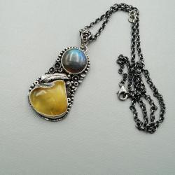 srebrny wisior z bursztynem i labradorytem - Wisiory - Biżuteria