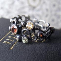 srebrny pierścionek z kamieniami - Pierścionki - Biżuteria