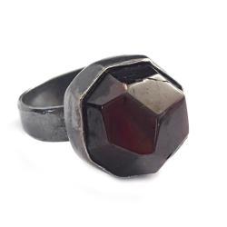granat,srebrny,winny,blask,srebro,szarości,stylowy - Pierścionki - Biżuteria