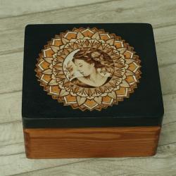 wypalanie,kobieta,pirografia - Pudełka - Wyposażenie wnętrz