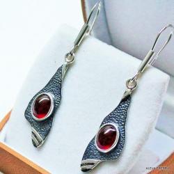 kolczyki z czerwonymi kamieniami,srebro,biżuteria - Kolczyki - Biżuteria