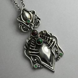 kły,pazury,opal etiopski,rzeźbione srebro - Wisiory - Biżuteria