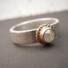 Pierścionki pierścionek z białym diamentem