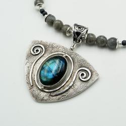 srebrny wisior z labradorytem na labradorycie - Wisiory - Biżuteria