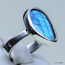 pierścionek z niebieskim labradortem,srebro - Pierścionki - Biżuteria