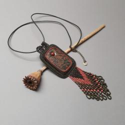 naszyjnik,z unakitem,haft koralikowy,zielony - Naszyjniki - Biżuteria