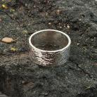 Pierścionki pierścionek - obrączka,obrączka młotkowana,
