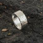 Pierścionki obrączka srebrna,obrączka młotkowana.