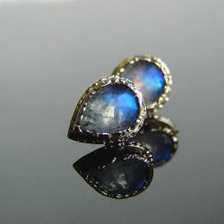 złoto,kamień księżycowy,kolczyki - Kolczyki - Biżuteria