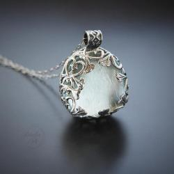 srebrny,naszyjnik,z kamieniem mocy,z kryształem - Naszyjniki - Biżuteria