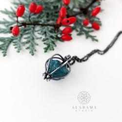 srebrny wisior z surowym apatytem,prezent Święta - Wisiory - Biżuteria