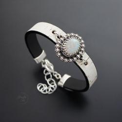 srebrna,bransoletka,z opalem,na rzemieniu - Bransoletki - Biżuteria