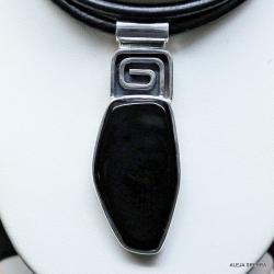 naszyjnik z onyksem,srebri,biżuteria,wisiory - Naszyjniki - Biżuteria