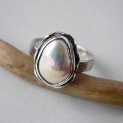 z perłą,srebro kute,regulowany - Pierścionki - Biżuteria