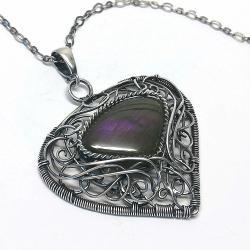 ażurowy wisior z fioletowym labradorytem - Wisiory - Biżuteria