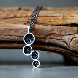 minimalistyczny wisiorek z minerałem - Wisiory - Biżuteria