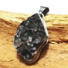 Wisiory syderyt,srebrny,szary,retro,minerał,kwarc,kryształ