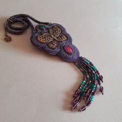 naszyjnik z motylem,fioletowy,baśniowy,haft - Naszyjniki - Biżuteria