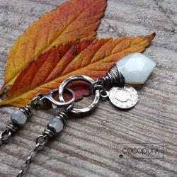 krótki,srebrny,z zawieszką,z kamieniem - Naszyjniki - Biżuteria