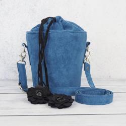 torebka niebieska,kuferek,regulowany pasek, - Na ramię - Torebki