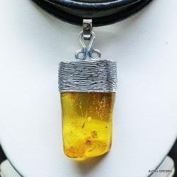 bursztyn,wisior z bursztynem,biżuteria,srebro - Wisiory - Biżuteria
