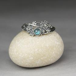 london blue,niebieski topaz,srebrne kwiaty - Pierścionki - Biżuteria