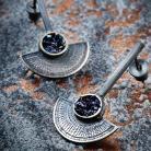 Kolczyki srebrne oksydowane wkrętki z minerałem