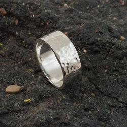 obrączka srebrna,obrączka młotkowana. - Pierścionki - Biżuteria