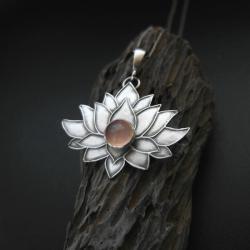 wisiorek,biżuteria srebrna,rękodzieło,lotos, - Wisiory - Biżuteria