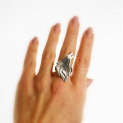 Pierscionek z wilkiem,srebro,pierścionek,wilk - Pierścionki - Biżuteria