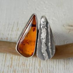 z bursztynem,surowe srebro,rozmiar regulowany - Pierścionki - Biżuteria