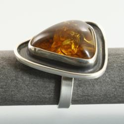 bursztyn oprawiony w srebro próby 925 - Pierścionki - Biżuteria