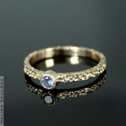 zaręczynowy,delikatny,tanzanit,elegancki,złoty - Pierścionki - Biżuteria