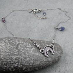 księżyc,lunula,delikatny,drobny,krótki,modowa - Naszyjniki - Biżuteria