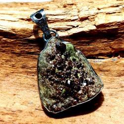 granat,srebrny,szary,brązowy,srebro,mineralny,styl - Wisiory - Biżuteria