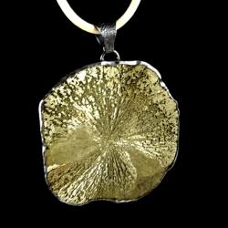 piryt,srebrny,szary,zlocisty,blask,minerał,piryt - Wisiory - Biżuteria