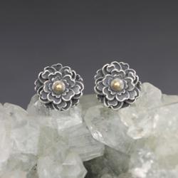 srebro i złoto,piwonie,srebrne kwiaty,sztyfty - Kolczyki - Biżuteria