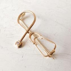 stetoskop,broszka,złota brosza - Broszki - Biżuteria