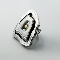 Srebrny pierścionek z druzą agatu i oliwinem - Pierścionki - Biżuteria
